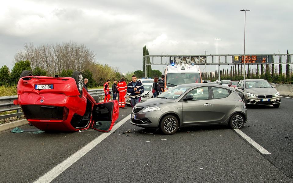 עורך דין תאונות דרכים ברחובות